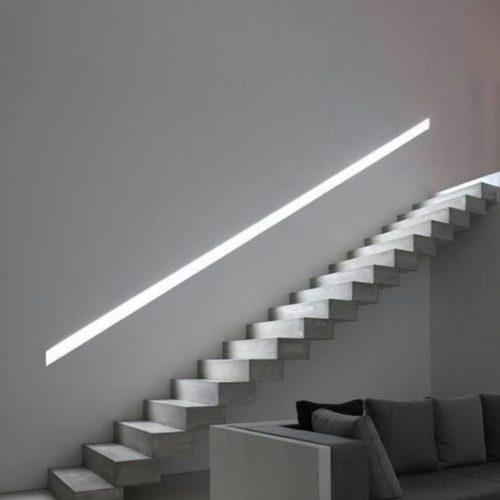 תאורת מדרגות
